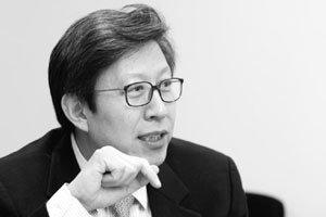 이명박 정권은 이명박-김영삼 동거정권?
