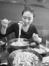 서울의 '일본라멘'과 도쿄의 '신(辛)라면'