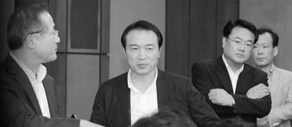 '王실장' 김두우 국정 전방위 막강 파워