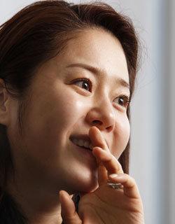 여성 대통령 연기로 인기 끈 배우 고현정