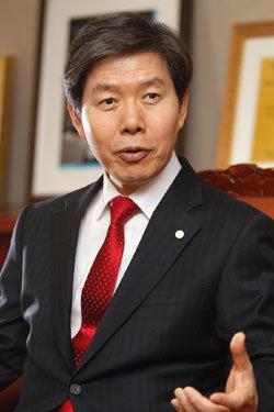 인재육성 귀재 이효수 영남대 총장