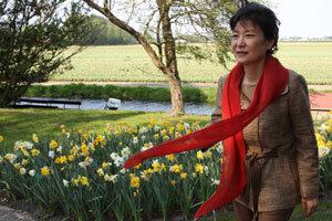 한국 여성 정치인은 왜 하이힐을 신지 않을까
