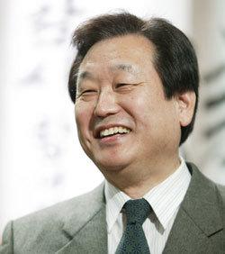 """""""25% 컷오프가 무슨 놈의 당의 헌법…박근혜 대선후보 될지 알 수 없다"""""""