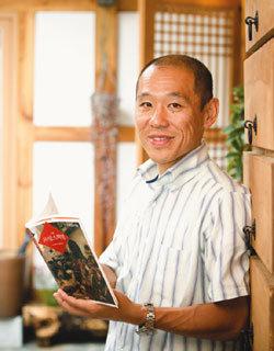 소설 '프랑스 혁명' 펴낸 팩션 작가 사토 겐이치