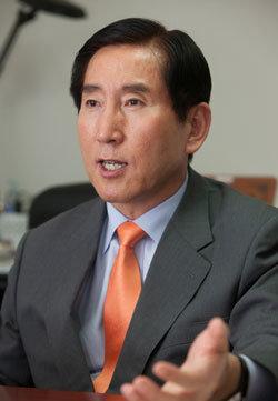 """""""檢 핵심 수사라인 2명과 고위층 정보통에 들었다"""""""