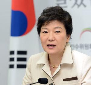박근혜-뽀로로-북한 막후접촉 있었다