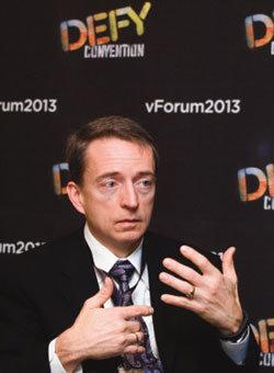 혁신으로 5조 매출 올린 VMware CEO 팻 겔싱어