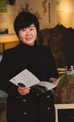 일본·중국인들에게 독도와 역사 가르치는 정영미 독도체험관장