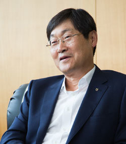 """""""해외송금 서비스 허용하고 동일인 대출한도 늘려야"""""""