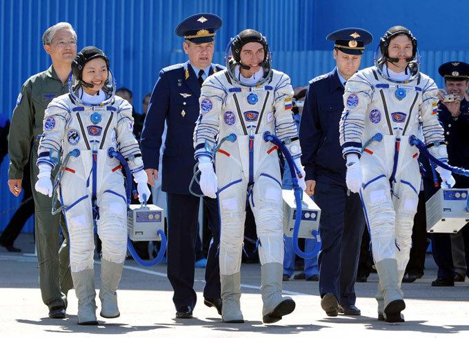 최초 우주인 미션 완수 언제까지 '전도사'하라고…