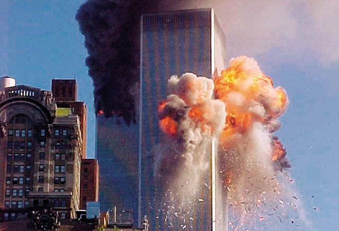 9·11 테러  아수라장에서 노래 부르며  질서 유지
