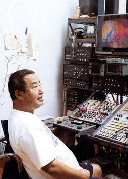 '창조의 항해' 나선 한국에 백남준은 영감(靈感)의 등대