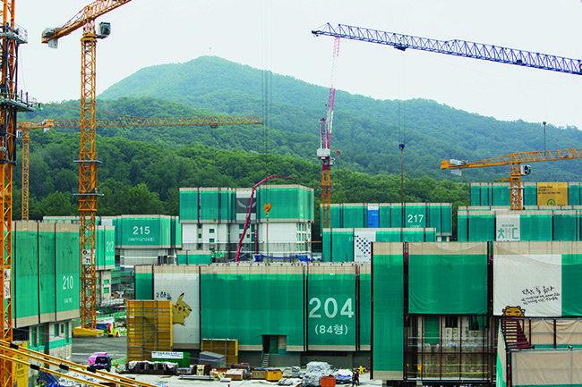 강남 재건축 반년 새 많게는 3억 원 올라