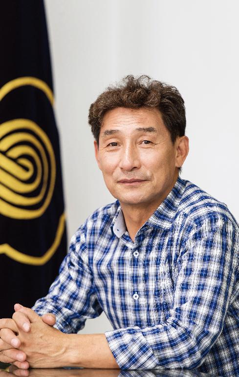 """이홍재 대한양계협회장 """"달걀 값 유통과정에서 뻥튀기"""""""