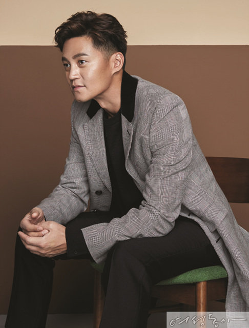 Manners maketh man, LEE SEO JIN