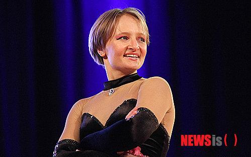 푸틴 딸 위한 시설? 모스크바 댄스스포츠센터 논란
