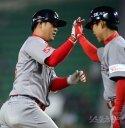 [포토] 10호 홈런 최정, KBO 6번째 12년 연속 10홈런 달성
