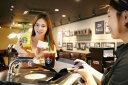 '누구'에게 커피 주문하면 스타벅스 뜬다