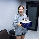 배우 김유정, 19번째 생일 맞아 '케이크 들고 환한 미소'
