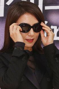 '미세스 캅' 김희애, 우아함 벗고 액션 입었다!