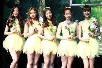 'Spring'으로 컴백…에이프릴, 차세대 요정돌