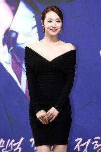 '여자의 비밀' 소이현, 돋보이는 노출 드레스
