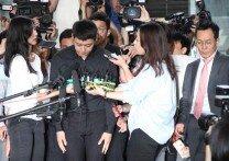 '성폭행 혐의' 박유천, 수많은 취재진 속 출석