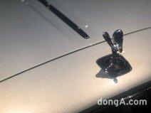 [신차 pic]35대 한정판 롤스로이스 '실버 고스트 컬렉션'