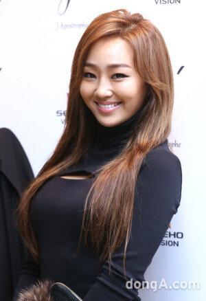 [화보] '서울패션위크'를 달군 씨스타의 '아찔한' 패션