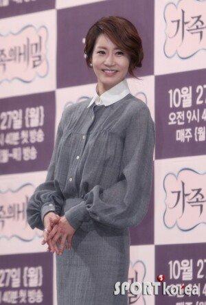 """'가족의 비밀' 신은경, 김승수와 재회 """"20년 같이 산 부부 같다"""""""