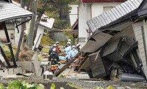 日 나가노서 규모 6.8 강진…최소 30여 명 부상자 발생