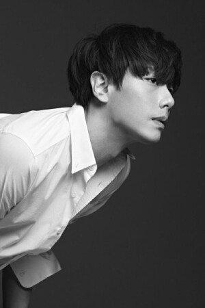 박효신 신곡 '해피 투게더' 공개, 음원차트 석권