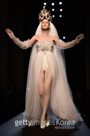 [화보] 장 폴 고티에의 2015 오트쿠튀르 봄여름 패션