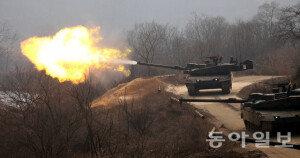 불 뿜으며 기동하는 차기 전차 K2 '흑표'