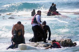 지중해서 이틀만에 또 난민선 사고… 2015년들어 1500명 숨져