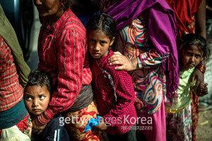 """[화보] 네팔 """"외국구조팀 나가도 된다"""" 생존자 구조작업 마무리할 계획"""