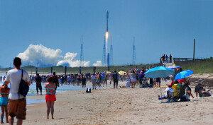 美 '극비임무' 우주비행선 'X-37B' 발사