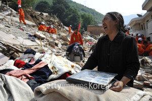 중국 신장서 6.5 지진, 최소 4명 사망·20명 부상… 여진 이어져 피해 규모↑