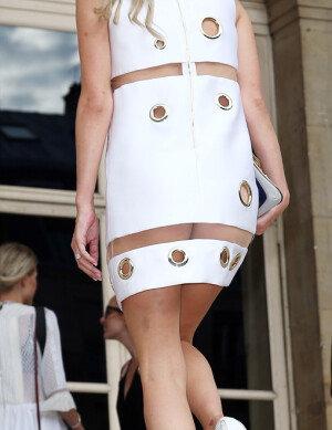 [화보] 니키 힐튼, 과감한 시스루 드레스 '엉덩이 노출'