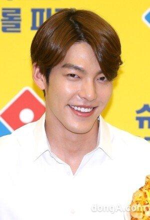 김우빈, 하정우와 '신과 함께' 출연 물망… 역대급 만남에 기대감↑