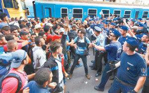[화보] 난민문제로 갈라진 유럽… 14일 EU 긴급회의 열어 대책 논의