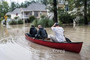 [영상] 美 동남부 '호아킨' 강타…'물에 잠긴 사우스캐롤라이나 주'