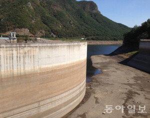 중부 100년만의 대가뭄… 충남 8개 시군 8일부터 20% 제한급수