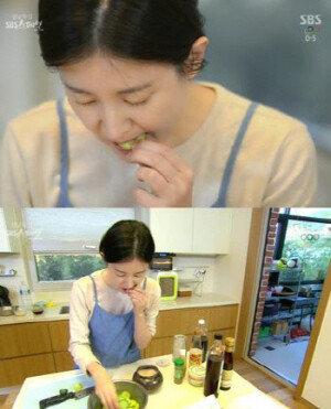 """이영애, 과거 오이 먹방 재조명… """"내가 요리하면서 다 먹는다"""" 폭소"""