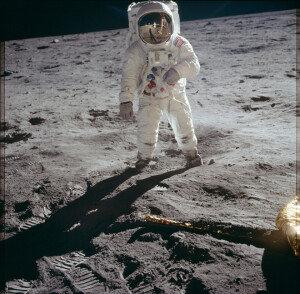 [화보] 나사, '아폴로 프로젝트' 사진 1만여장 공개