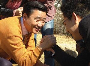 김맹곤 김해시장, 징역 6개월·집행유예 2년 확정… 시장직 상실