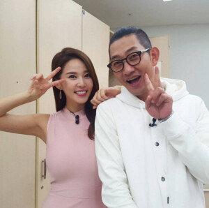 """'복면가왕' 레이양, 김창렬과의 다정샷 공개…""""담주에 또 봐요"""""""