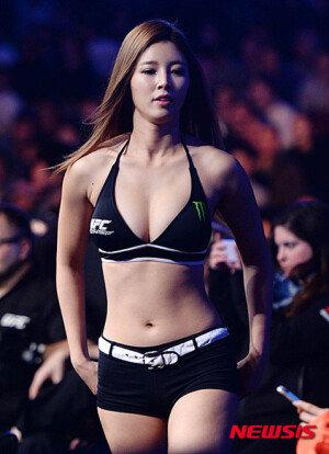[화보] 'UFC 서울' 옥타곤 걸 데뷔하는 유승옥…'탄탄한 몸매' 과시