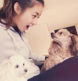 강소라, 반려견과 다정한 인증샷 공개… 환한 미소 '달달'