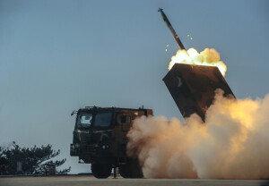 軍, 다연장로켓 '천무' 실사격훈련 공개